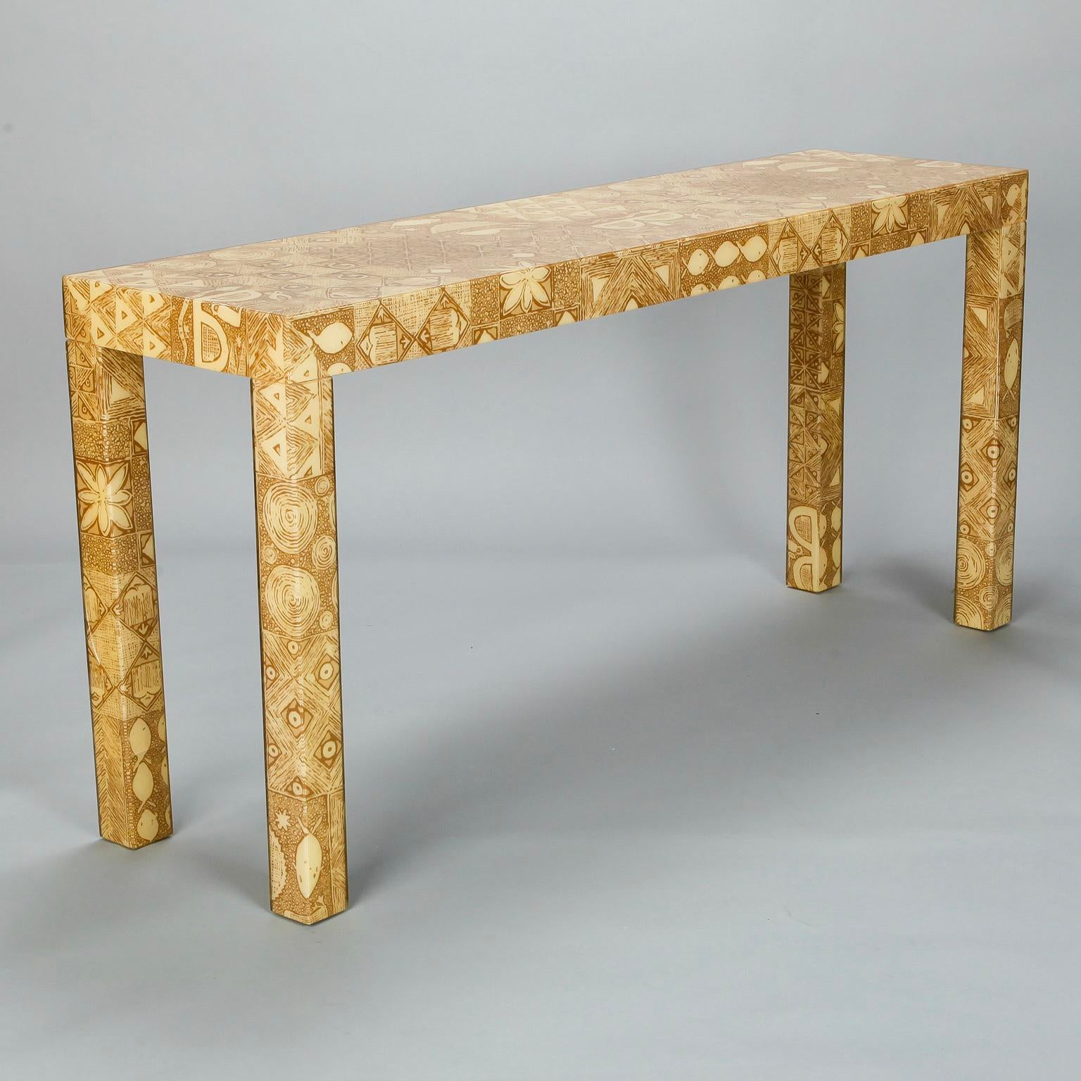 Merveilleux Mid Century Modern Mid Century Acrylic Over Fabric Parsons Console Table  For Sale