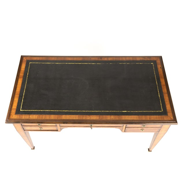 Wood 1870s French Tulipwood and Kingwood Bureau Plat With Embossed Black Leather Top For Sale - Image 7 of 13