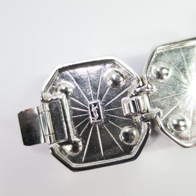 1980s Ysl Yves Saint Laurent Faux Mabe Pearl & Black Enamel Link Bracelet For Sale - Image 11 of 13