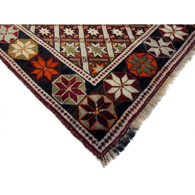 "Boho Chic Vintage Persian Qashghai Rug - 4'3"" X 6'5"" For Sale - Image 3 of 3"