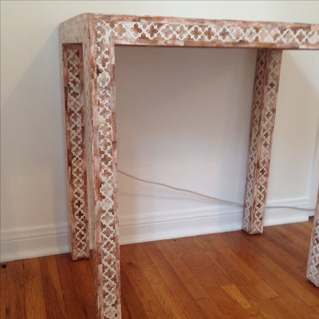 HD Buttercup Shell Inlay Trellis Console - Image 3 of 11