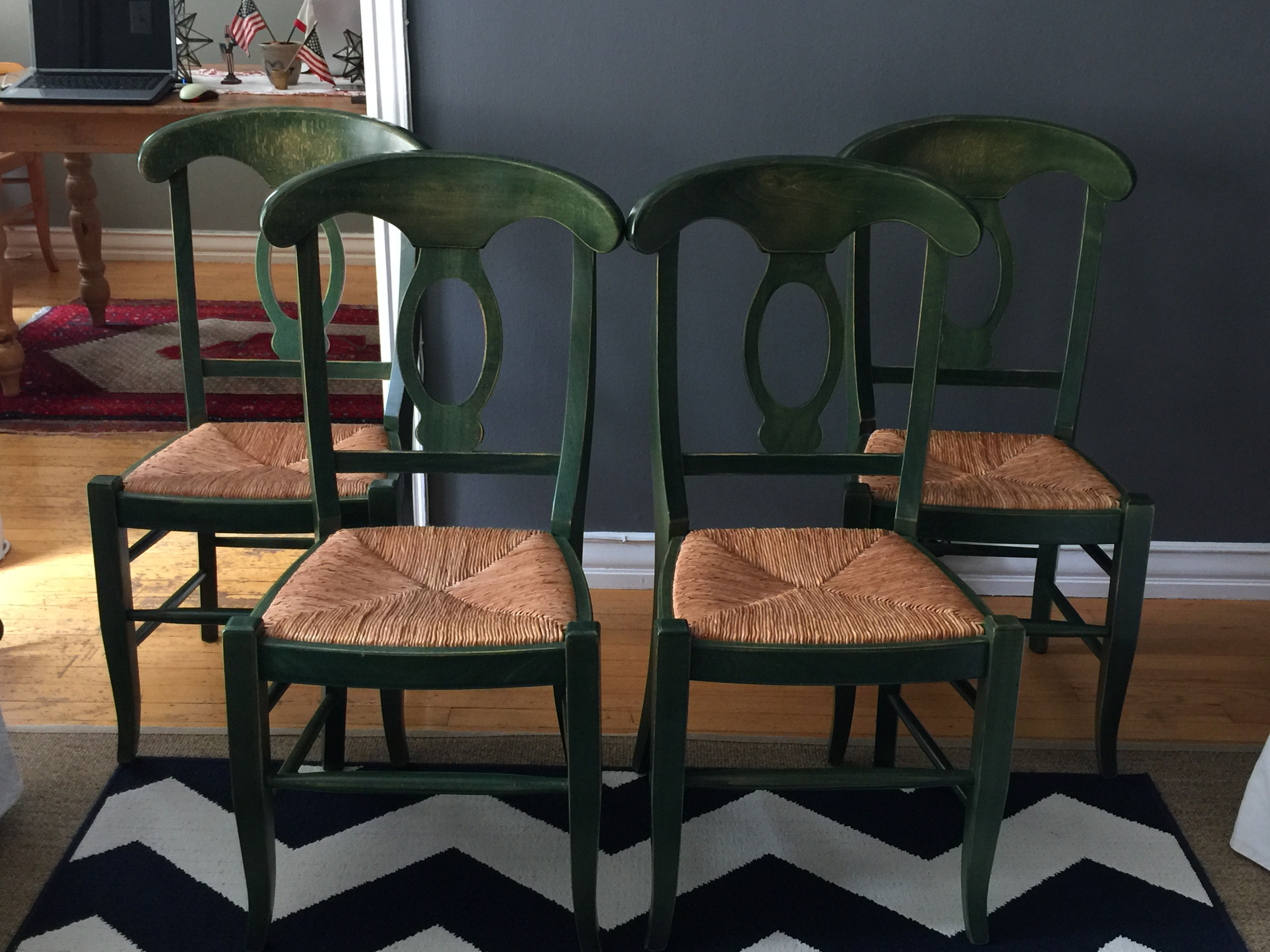 Exceptionnel Set Of Four Pottery Barn Napoleon Dining Chairs In Excellent Condition.  Solid Hardwood Chairs With