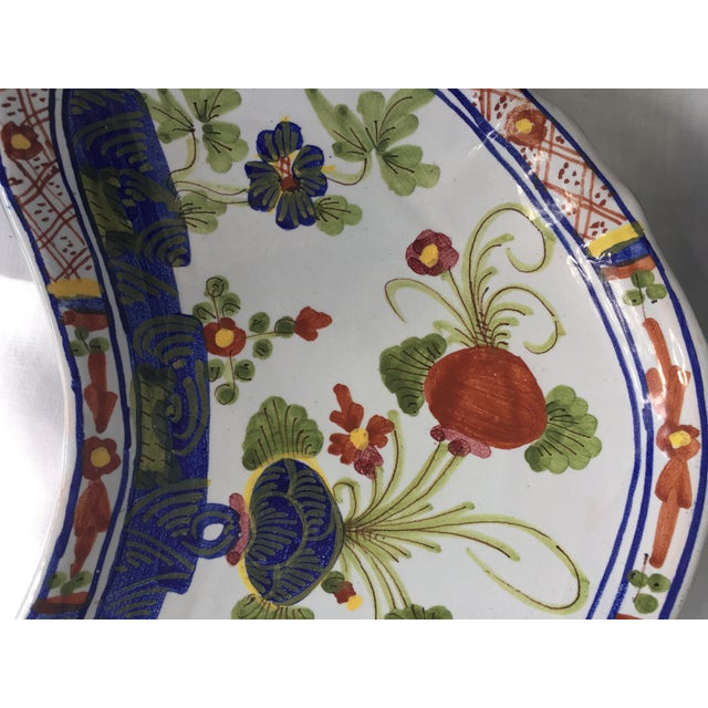 CACF Faenza Italian Pottery Bone Plates - a Pair For Sale In Savannah - Image 6 of 13