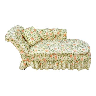 Antique English Rose Chintz Tufted Chaise Longue, Late 19th Century Lounge Chair Daybed For Sale