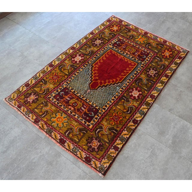 """1950s Antique Turkish Rug Hand Knotted Prayer Rug - 3'4"""" X 5' For Sale - Image 5 of 12"""