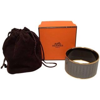 Hermes Zig Zag Black and White Gold Enamel Bangle Bracelet For Sale