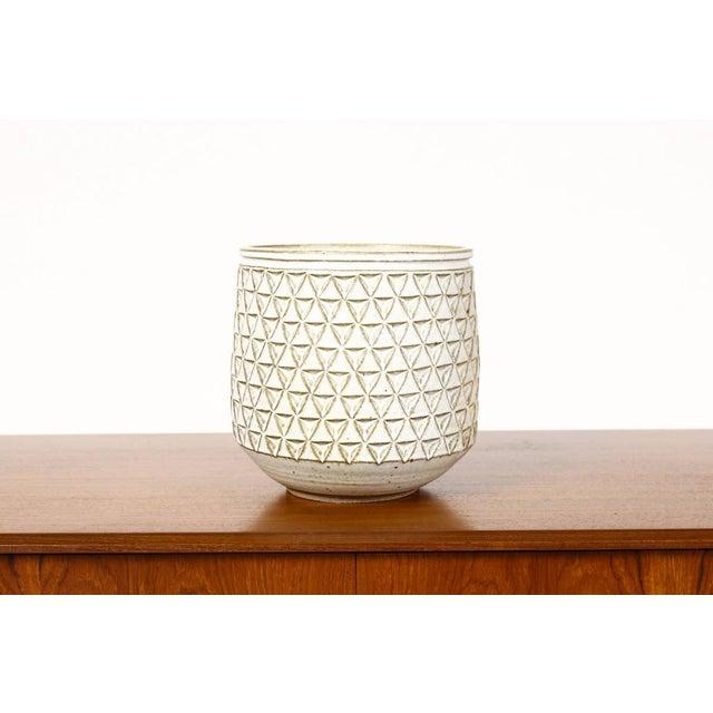 2010s Modern Christian Boehr White Glaze Ceramic Stoneware Planter For Sale - Image 5 of 5