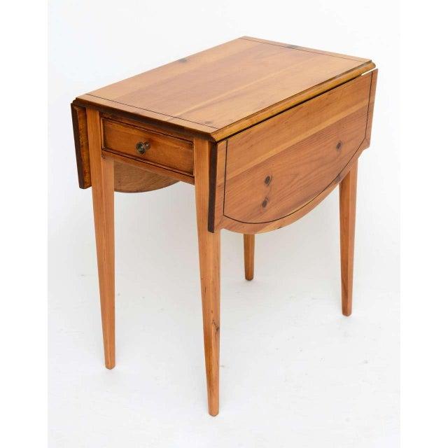 A. Brandt Ranch Oak Furniture 1940s Georgian Pine Pembroke Table For Sale - Image 4 of 12