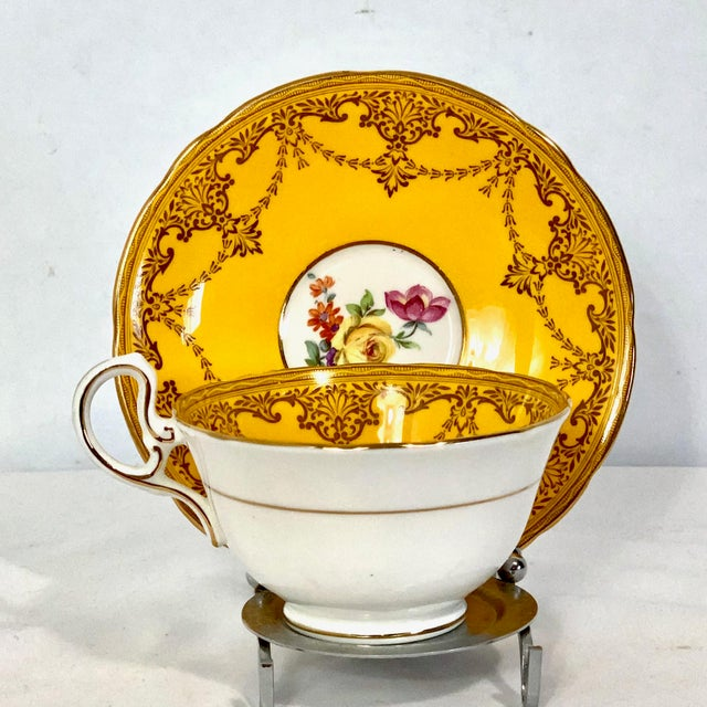 Aynsley England Yellow Gold Gilt With Yellow Rose Floral Bouquet Cup & Saucer For Sale - Image 10 of 10
