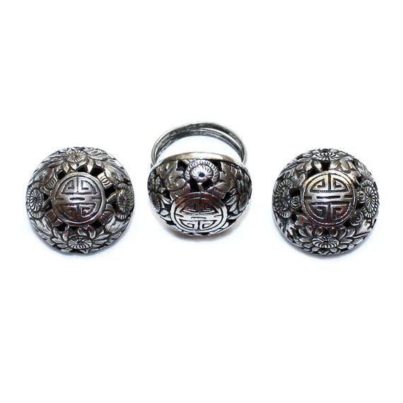 1950s Sterling Asian Motif Ring and Earrings Set, Vintage For Sale - Image 5 of 5