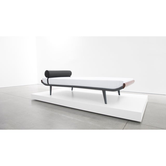 "Mid-Century Modern A. R. Cordemeijer, ""Cleopatra"" Daybed for Auping, C. 1960 - 1969 For Sale - Image 3 of 7"