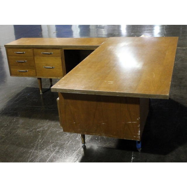 Mid-Century Modern Executive Secretary Desk For Sale - Image 4 of 8