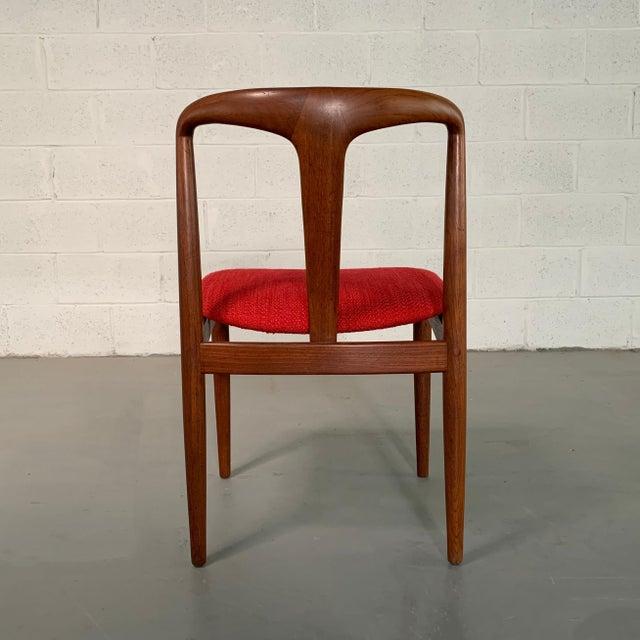"Vintage Mid Century Danish Modern Teak ""Juliane"" Chair For Sale In New York - Image 6 of 10"