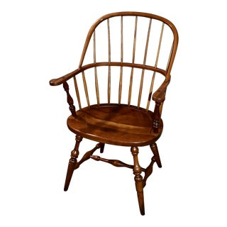 1950s Vintage Leopold Stickley Solid Cherry Windsor Style Chair For Sale