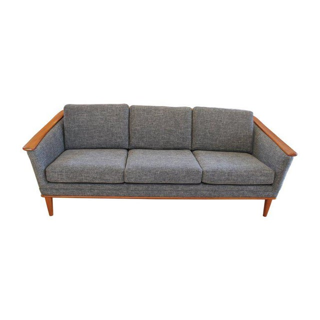 Mid-Century Modern Sofa With New Foam & Upholstery, 1960s For Sale - Image 4 of 11