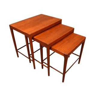 1960s Scandinavian Modern Teak Nesting Tables - Set of 3 For Sale