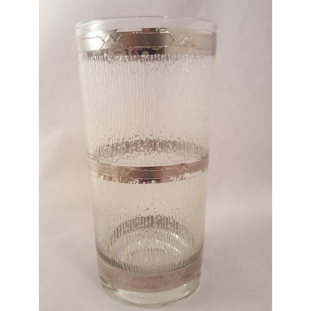 Transparent Culver Suburban Wet Textured Platinum Banded Tumblers - Set of 6 For Sale - Image 8 of 11