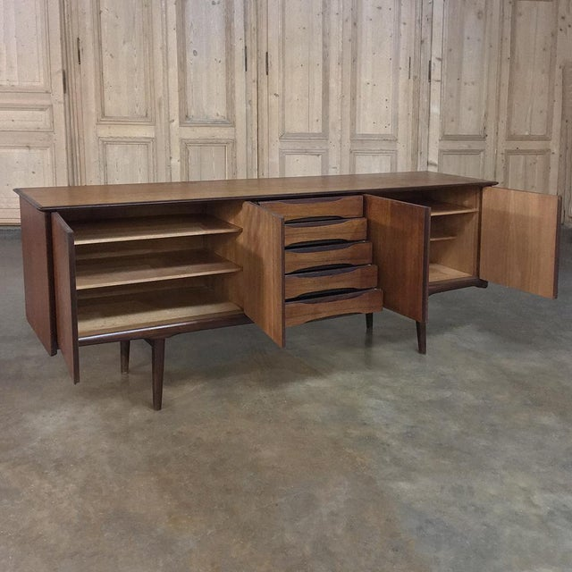 1960s Mid-Century Modern Mahogany Low Buffet For Sale - Image 5 of 13