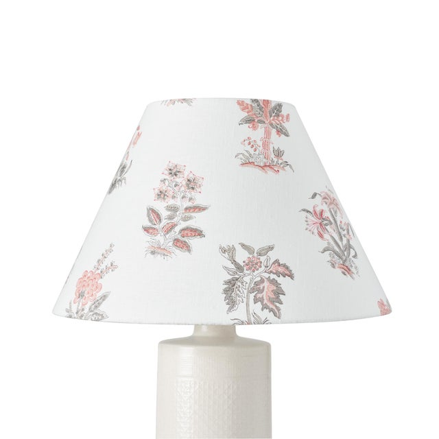 This lampshade features our Bunny pattern in Rose. Based on 18th-century floral studies, Bunny is handprinted for a...