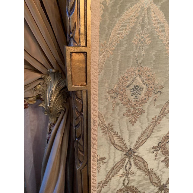 French Giltwood Mirrored and Silk Brocade3-Panel Folding Screen For Sale - Image 4 of 7
