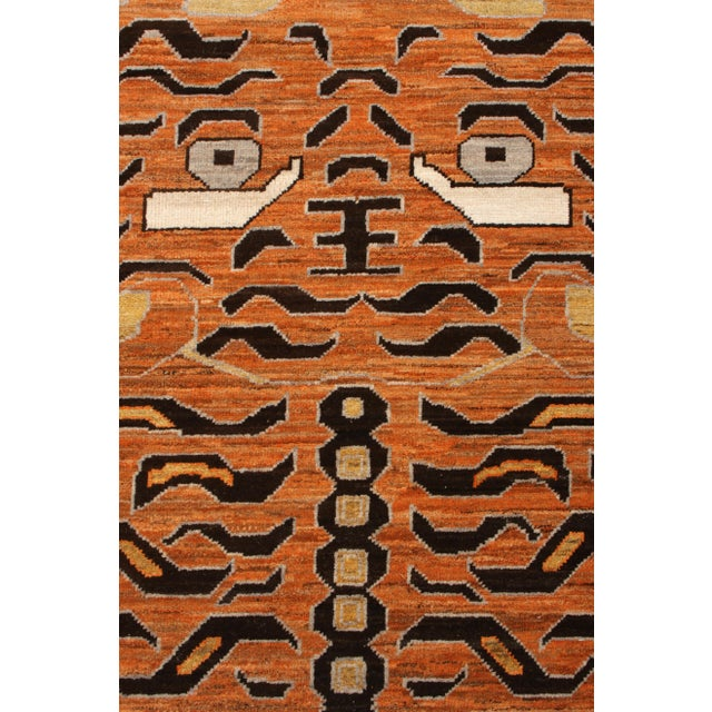 Handknotted Regal Geometric Tiger Rug, Wheat Gold, 9'x14' For Sale In New York - Image 6 of 9