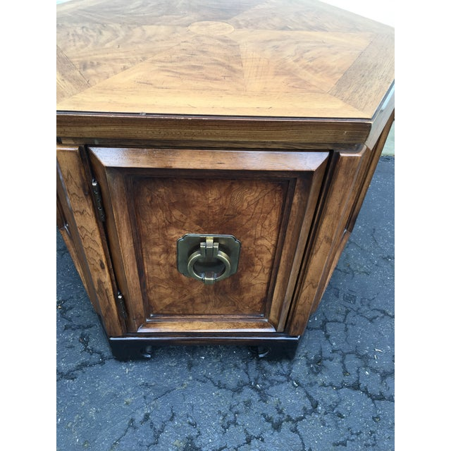 1960s Asian Thomasville Hexagonal Side Table For Sale In Detroit - Image 6 of 9