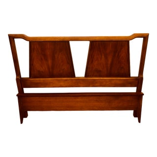 Vintage Mid Century Modern Walnut Bassett Headboard and Footboard - 2 Pieces For Sale