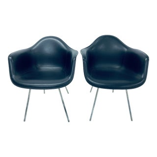 Herman Miller Black Leather Arm Chairs by Charles and Ray Eames, 1950 - a Pair For Sale