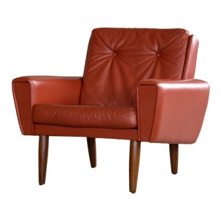 Danish Mid-Century Lounge Chair in Red Leather Manner of Illum Wikkelso For Sale