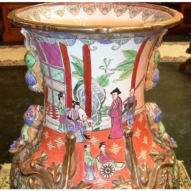 20c Chinese Cantonese Rose Medallion Famille Rose Gilted Floor Vase For Sale In Dallas - Image 6 of 12