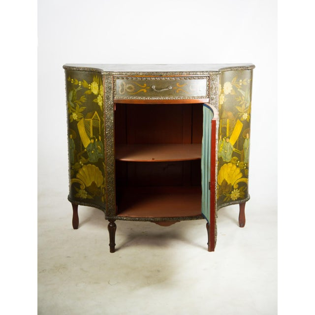 20th C. Chinoiserie Carved Mahogany Console Cabinet For Sale - Image 4 of 13