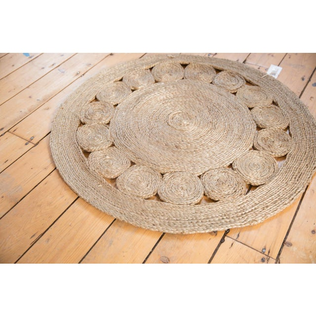 :: Hand-woven 100% jute with a subtly grayed toned down patina in round size, perfect for an entry or in front of a bed.