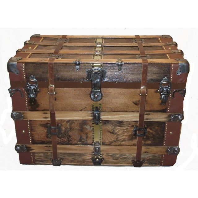 1900s Early 1900's American Antique Box Trunk For Sale - Image 5 of 5