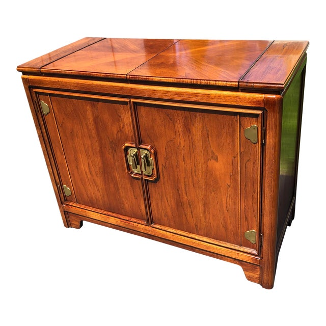 1970s Thomasville Asian Style Flip Top Bar Cabinet For Sale