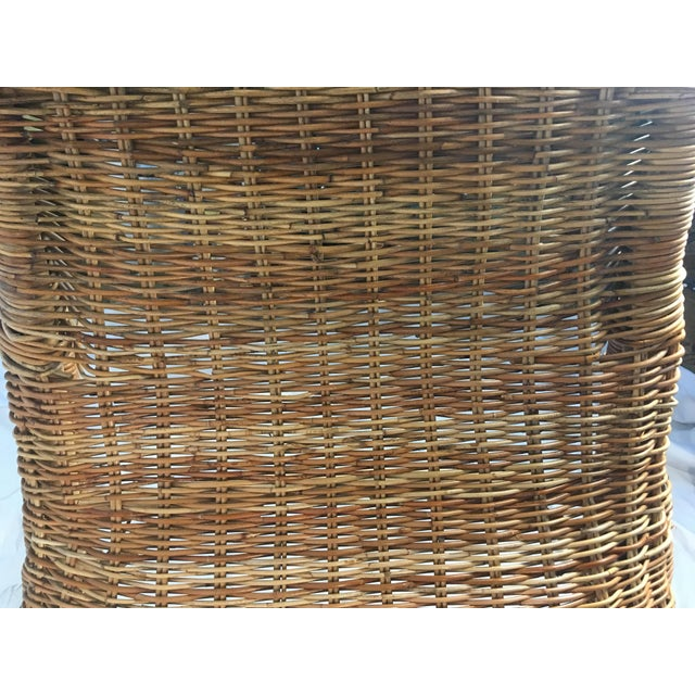 Brown 1970s Vintage Wicker Chaise Lounge For Sale - Image 8 of 9