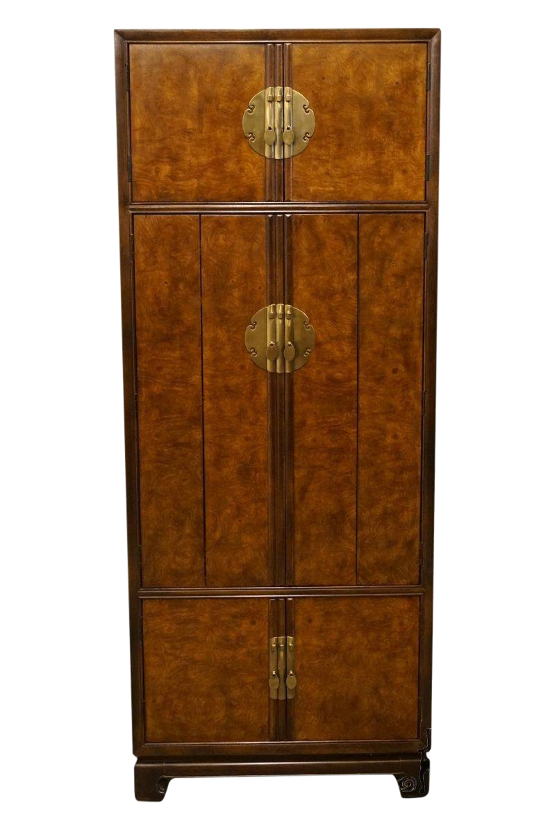 Exceptionnel Late 20th Century Vintage Drexel Tai Ming Collection Asian Chinoiserie  Cabinet