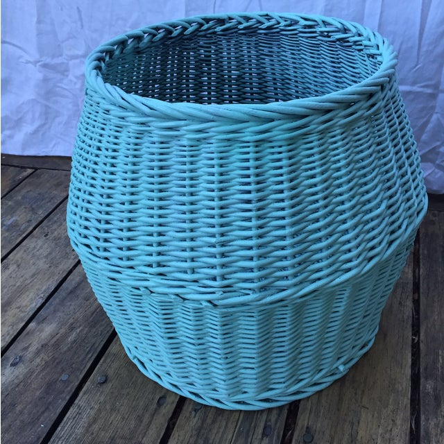 Vintage Turquoise Lidded Wicker Basket - Image 7 of 10