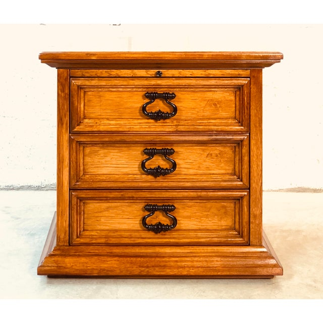 1970s Drexel Furniture Mahogany End Table For Sale - Image 10 of 10