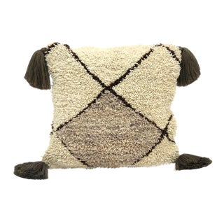 Moroccan Beni Ourain Wool Pillow For Sale