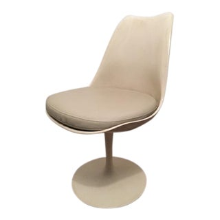 Mid Century Authentic Saarinen Tulip Chair For Sale
