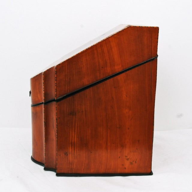 Early 19th Century 19th Century English Satin Wood & Mahogany Georgian Cutlery Box For Sale - Image 5 of 5