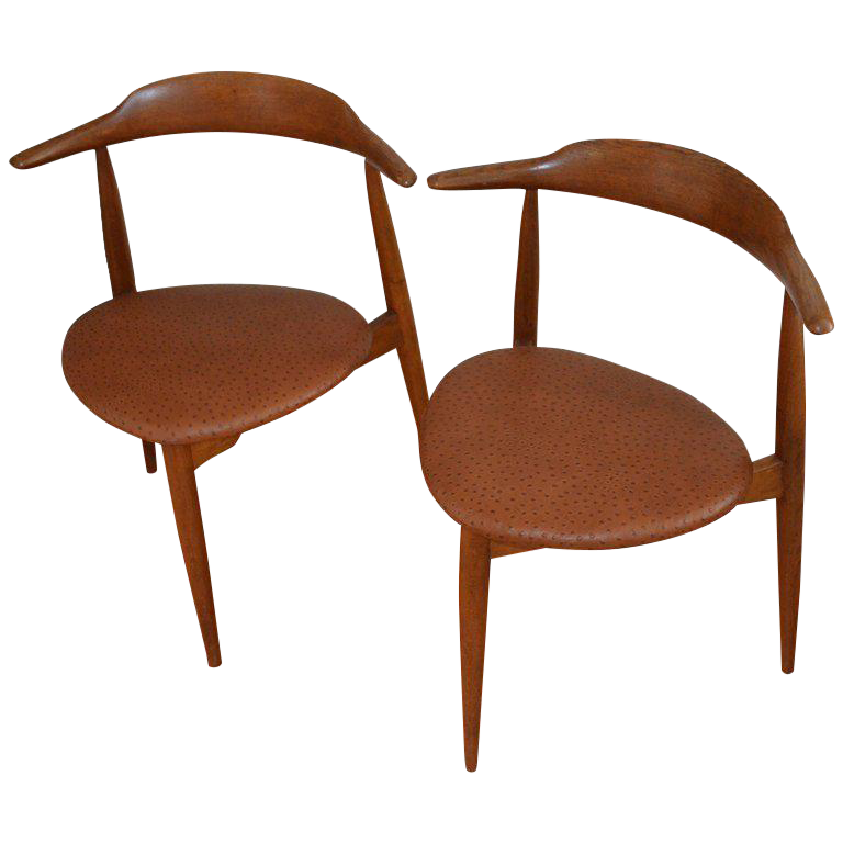 Hans Wegner Midcentury Heart Chairs In Oak And Ostrich Leather, Pair