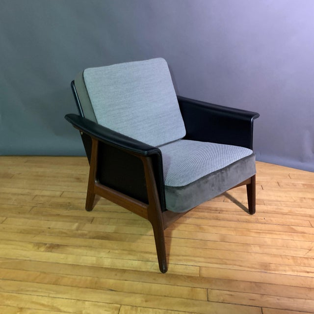 Pair Danish Design Black Naugahyde Wrapped Lounge Chairs For Sale - Image 10 of 13