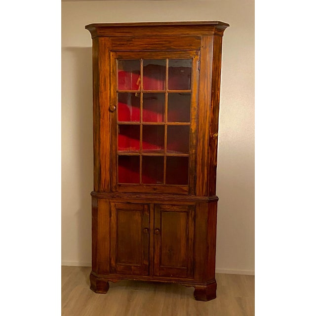 Fruitwood Chippendale Federal Corner Cabinet, United States Circa 1790 For Sale In San Francisco - Image 6 of 6