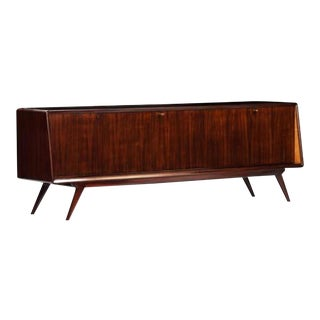 Dassi Style Mid-Century Sideboard in Rosewood and Glass, Italy Circa 1955 For Sale