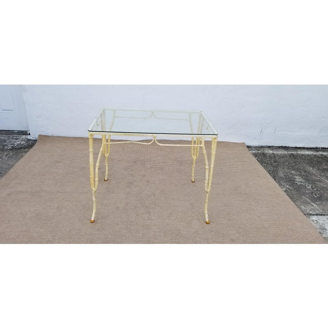 1960s Vintage Brown Jordan Style Faux Bamboo Aluminum Outdoor Dining- Set of 5 For Sale - Image 10 of 13