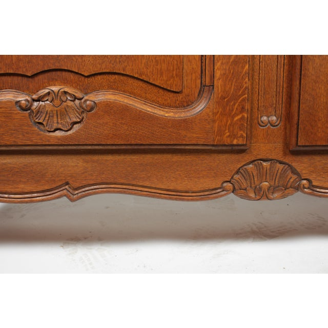 Mid-Century Louis XV-Style Buffet For Sale In Nashville - Image 6 of 12