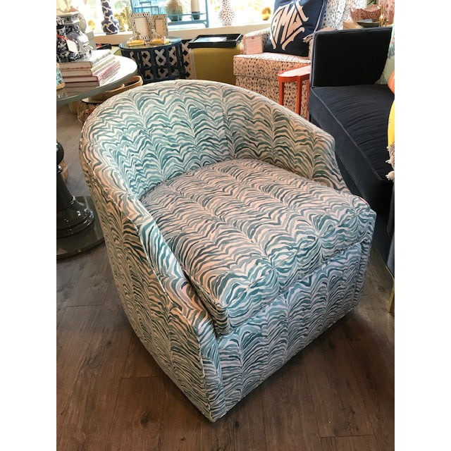 Modern Stevie Swivel Chair For Sale - Image 3 of 5