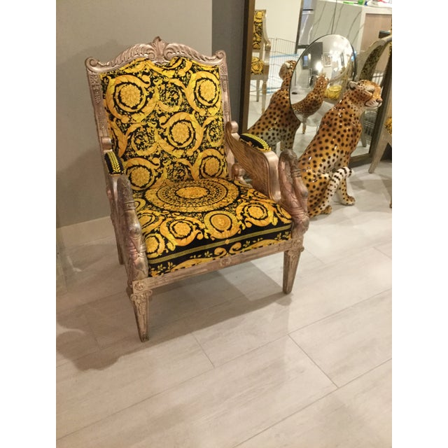 1960s Vintage Gianni Versace Black Gold Upholstery Throne Swan Chair For Sale - Image 13 of 13
