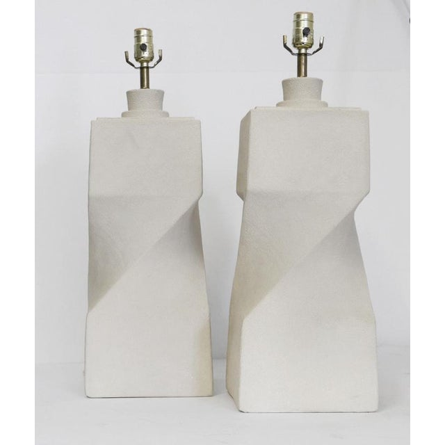 1980s Pair of Architectural Plaster Lamps For Sale - Image 5 of 5